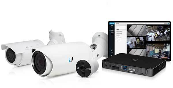 מצלמות אבטחה צינור